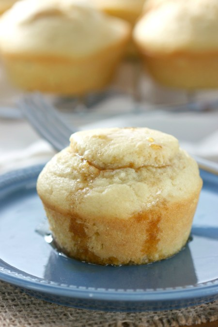 pumpkin-cream-swirled-pancake-muffins