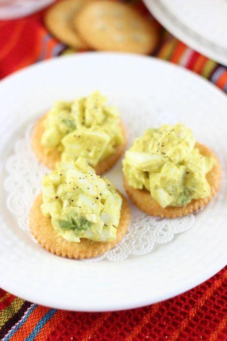 avocado-egg-salad-19