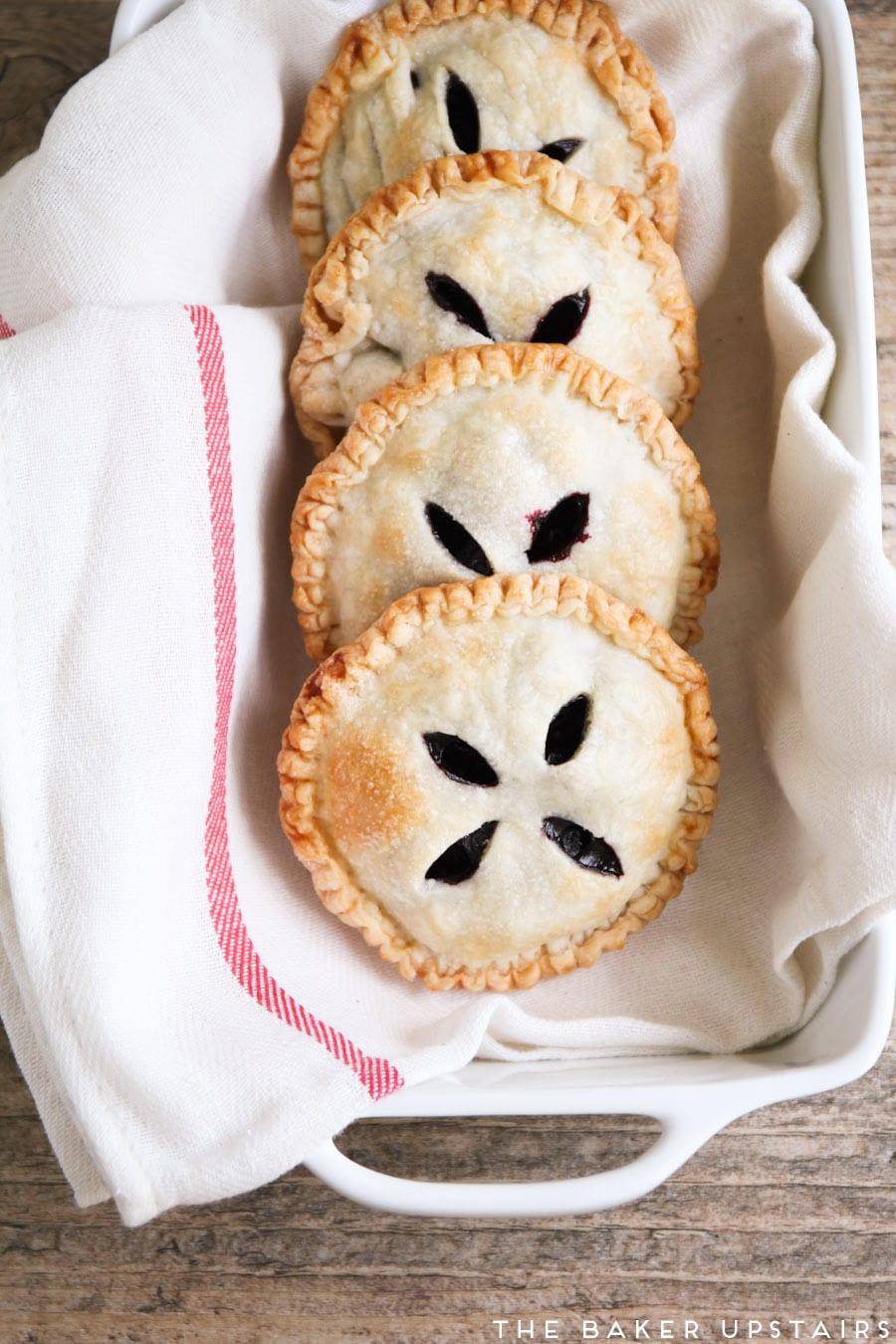 huckleberry_hand_pies_3