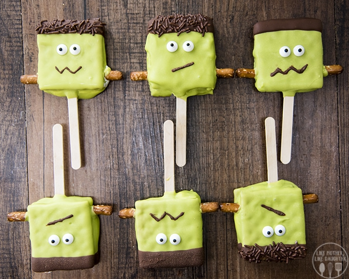 Frankenstein smores pops are delicious s'mores on a stick!