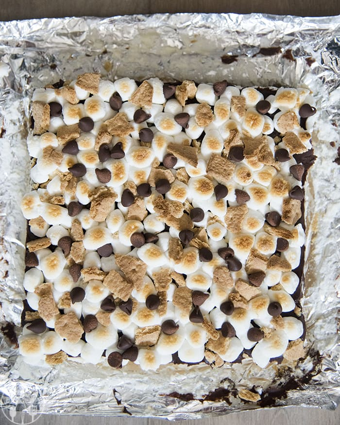 Smore Cheesecake Bars are the perfect no bake treat!