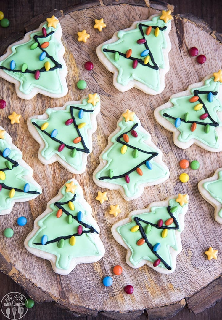 tree shaped sugar cookies