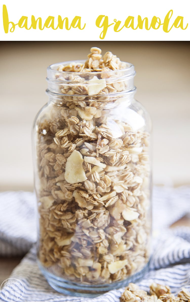 Banana granola is the perfect breakfast or snack, it tastes just like a slice of banana bread, with the perfect banana flavor in ever single bite. It's crunchy, packed full of nuts and so delicious!