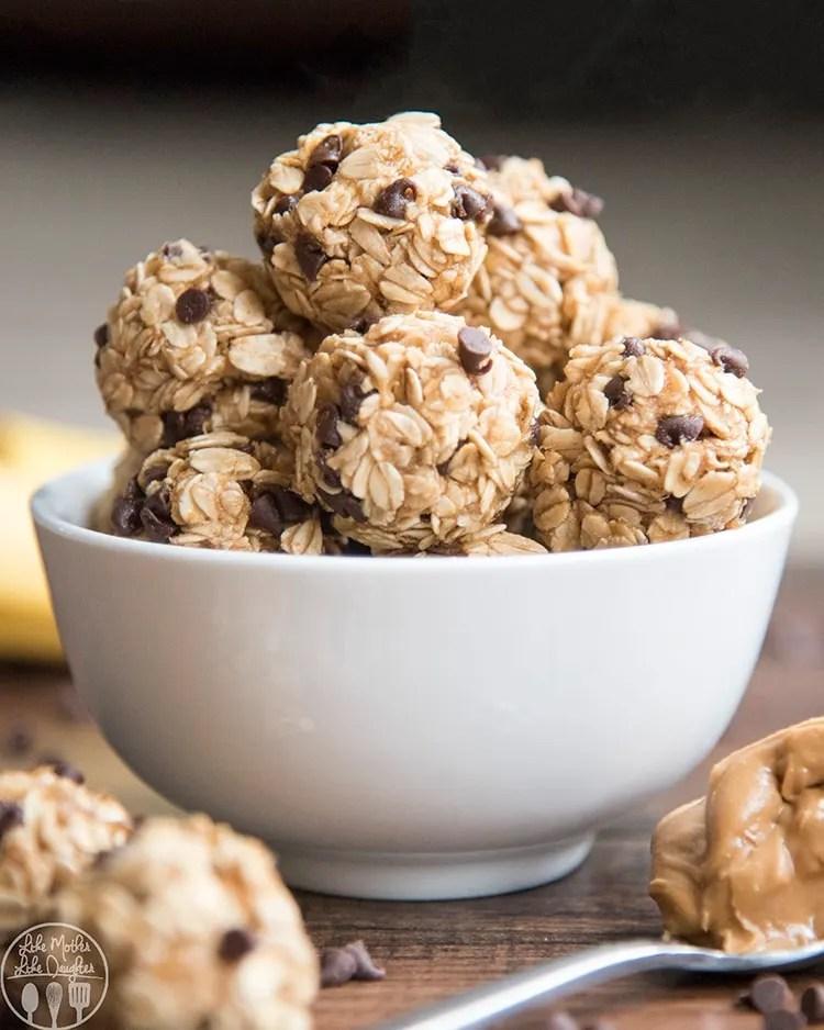 Peanut butter banana granola bites