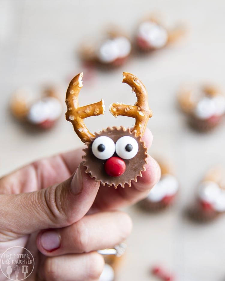 Reindeer Reeses Cups are the cutest Christmas treats