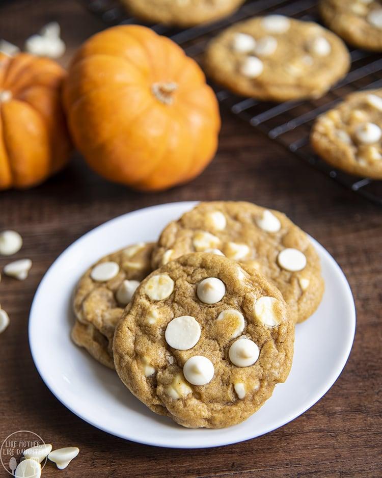 Chewy Pumpkin Cookies, not cakey