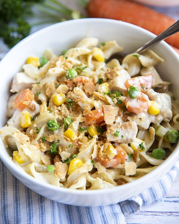 Chicken pot pie is the ultimate comfort food, and these delicious chicken pot pie pasta will be your new go to dinner recipe. They're hearty, filling, and so delicious!