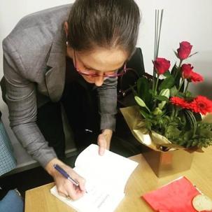 Signing books at Tintern Grammar, Melbourne 2016 (photo: Vanessa Thomson)