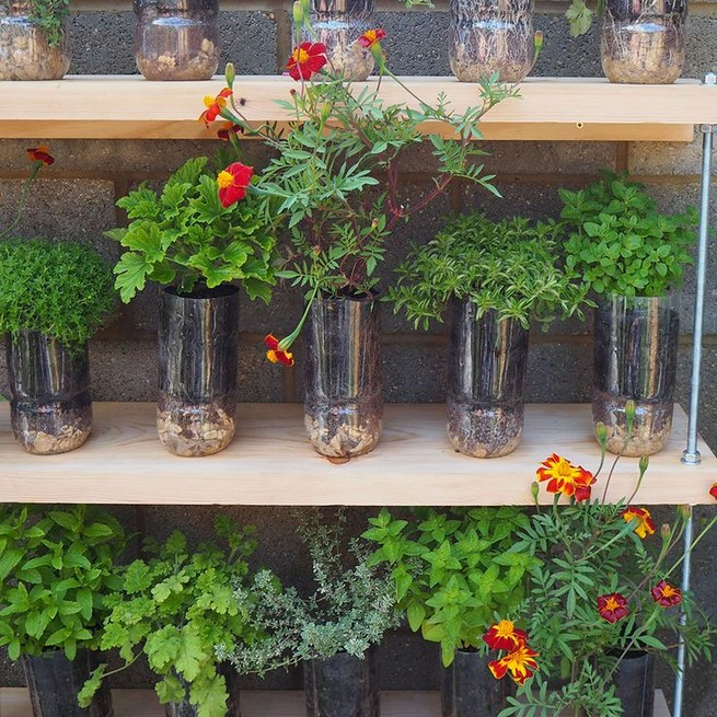 10 Enjoying Garden Ideas On A Budget 16