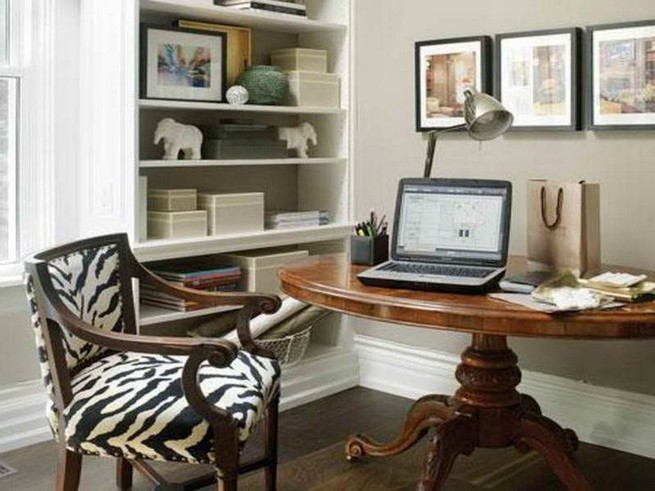 13 Elegant Dark Table Designs Ideas For Home Office 44