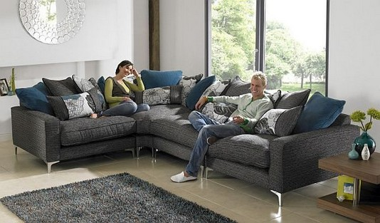 14 Attractive Small Living Room Décor Ideas With Sectional Sofa 43