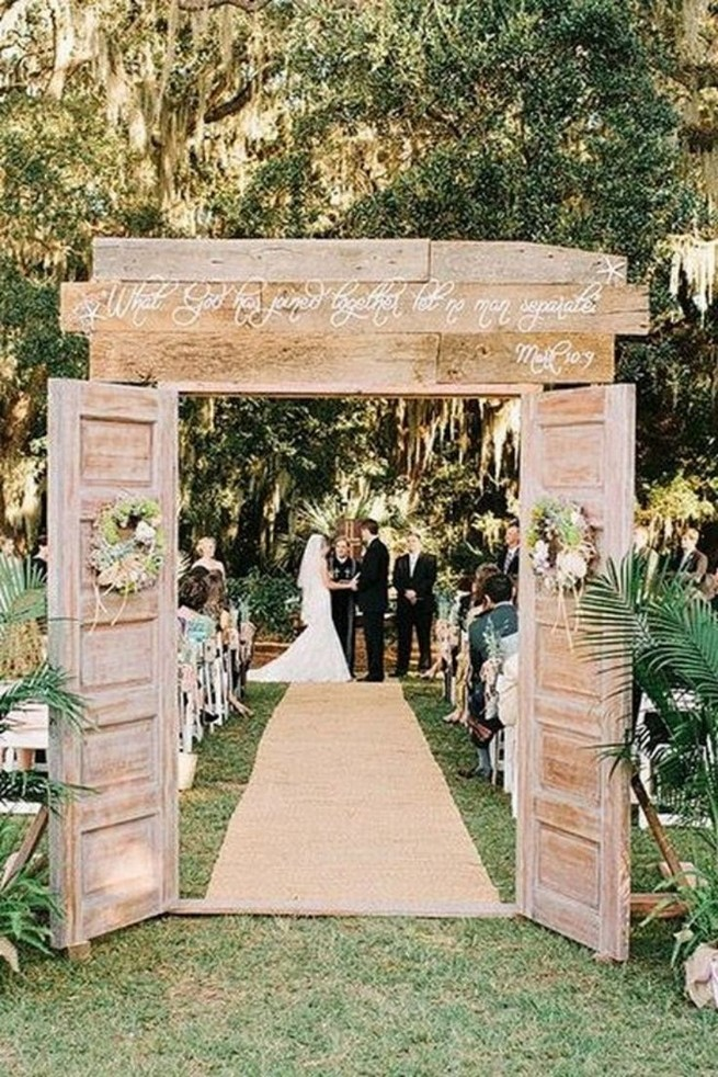 15 Rustic Backyard Outdoor Wedding Ideas 06