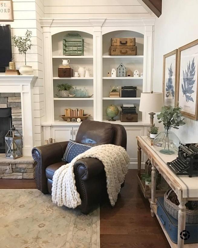 16 Elegant Living Room Shelves Decorations Ideas 06