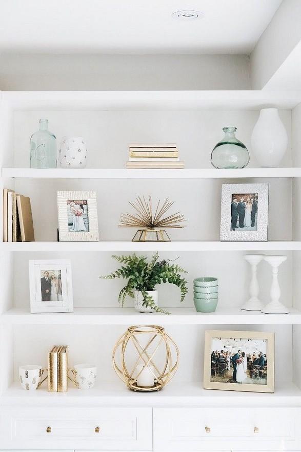 16 Elegant Living Room Shelves Decorations Ideas 23
