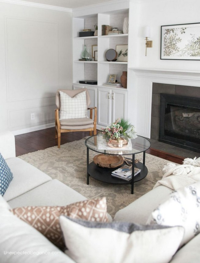 16 Elegant Living Room Shelves Decorations Ideas 52