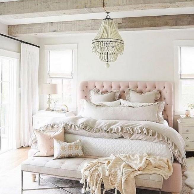 18 Shabby Chic Bedroom Design Ideas 43