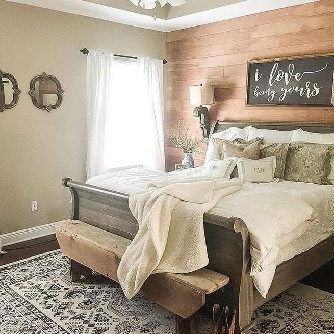 12 Unique Farmhouse Bedroom Remodel Ideas 04