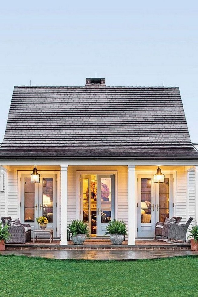 12 Wonderful Cottage House Exterior Ideas 27