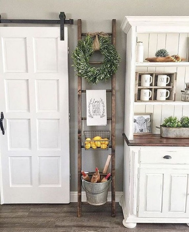 13 Creative Farmhouse Kitchen Decor Ideas 04