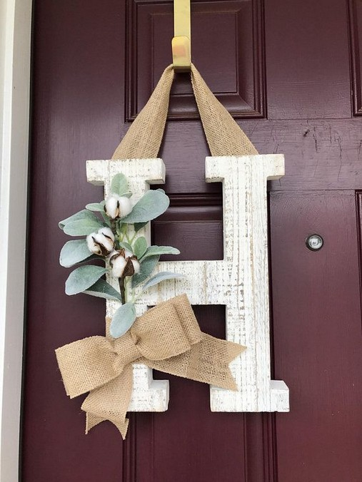 14 Creative Front Doors Decor Ideas 21