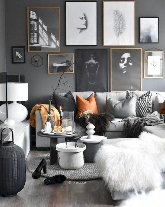 14 Elegant Living Room Wall Decor Ideas 33