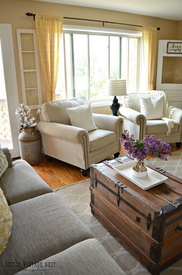 15 Cozy Farmhouse Living Room Decor Ideas 37