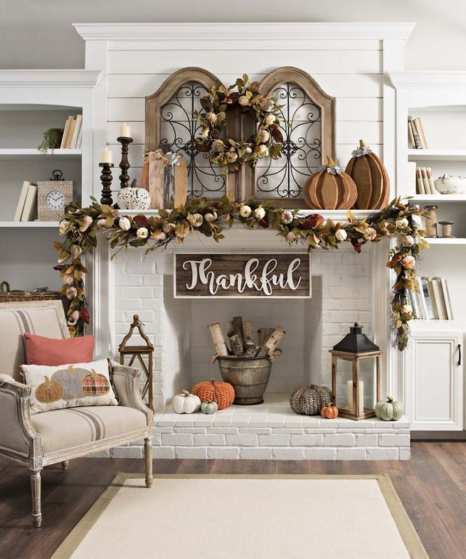 15 Inspiring Farmhouse Fall Decor Ideas 27