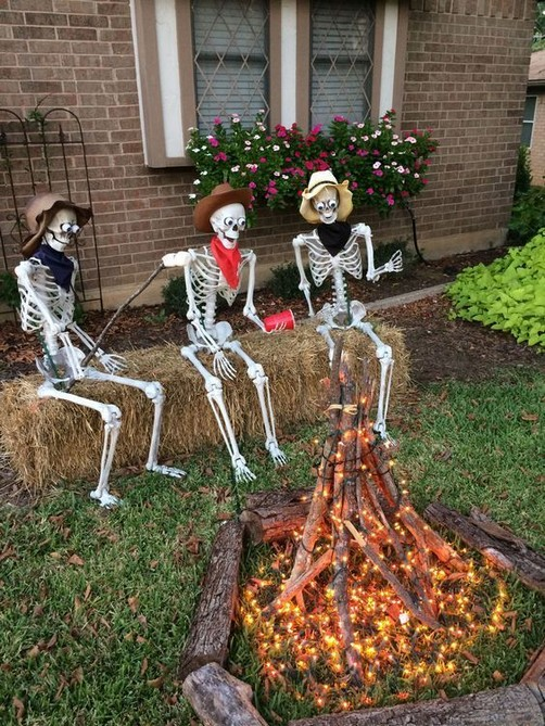18 Easy Halloween Decorations Ideas 35