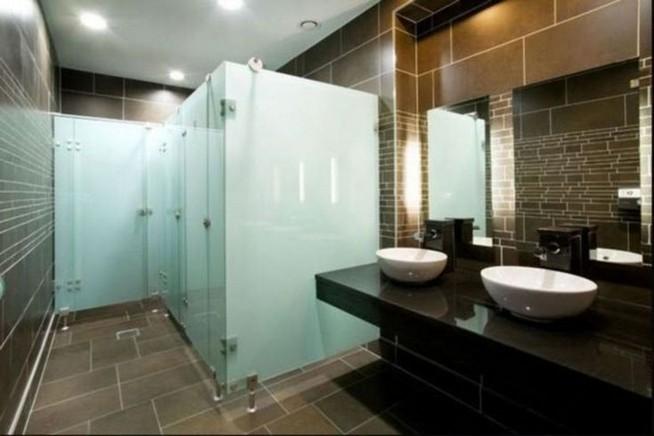 19 Captivating Public Bathroom Design Ideas 26