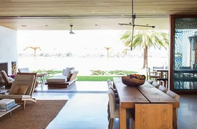 19 Stunning Indoor And Outdoor Beach Dining Spaces Ideas 45