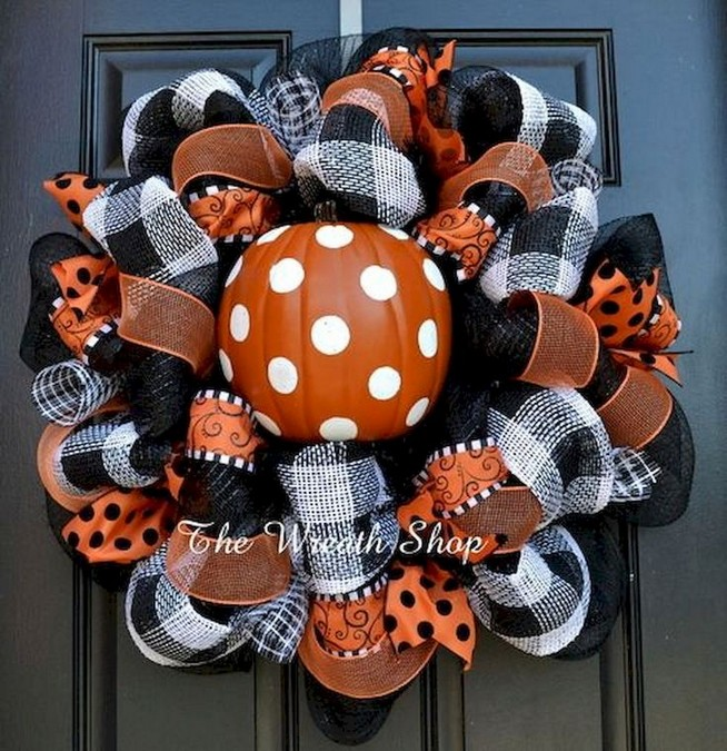 20 Adorable Diy Halloween Wreaths Design Ideas 31