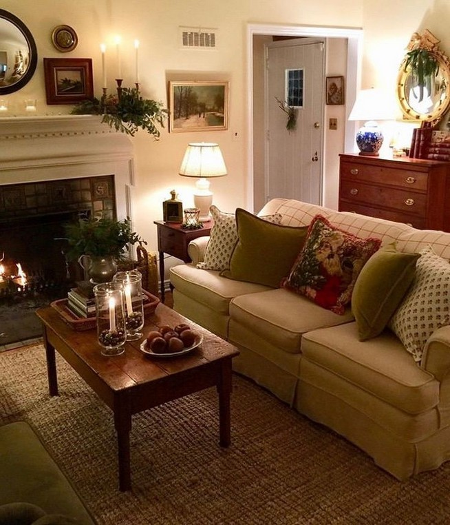 20 Comfy Traditional Living Room Decorating Ideas 23