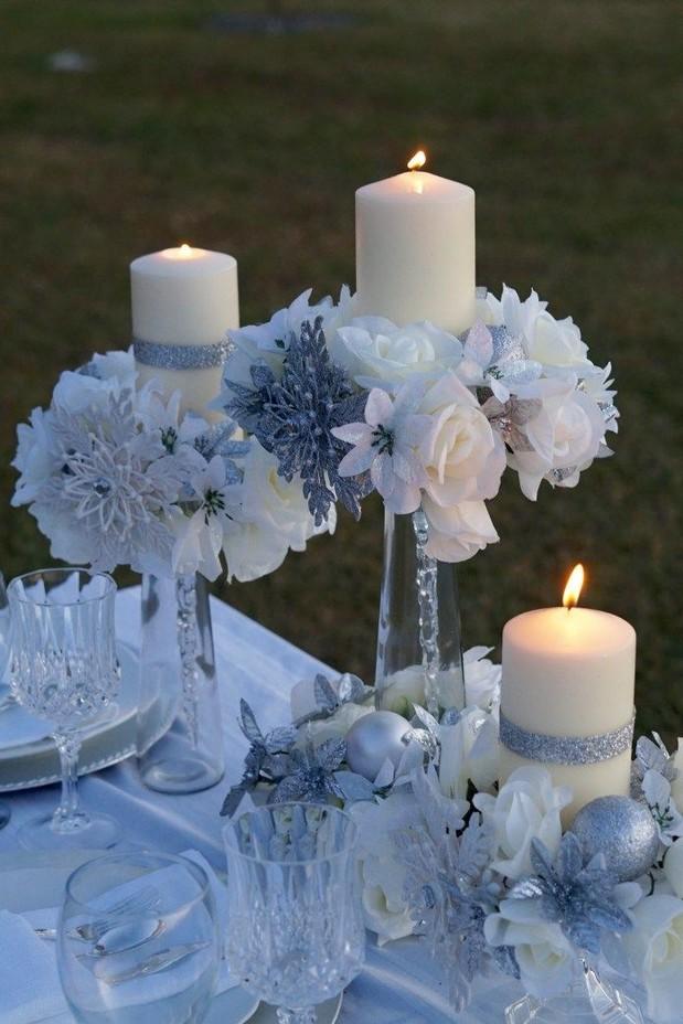 20 Elegant White Winter Wonderland Themed Decoration Ideas 32
