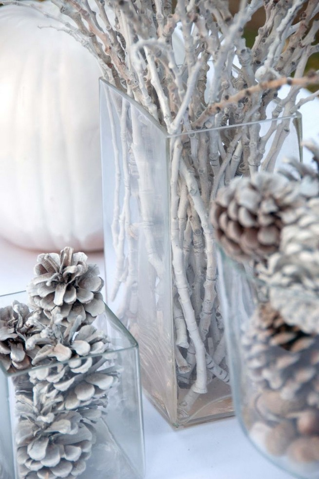 20 Elegant White Winter Wonderland Themed Decoration Ideas 33