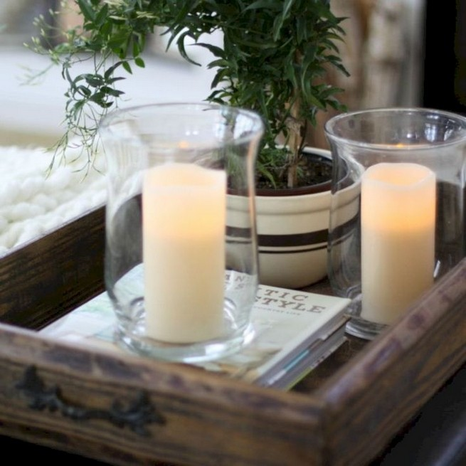 20 Lovely Winter Coffee Table Decoration Ideas 23