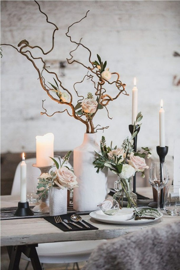 21 Romantic Rustic Winter Wedding Table Decoration Ideas 17