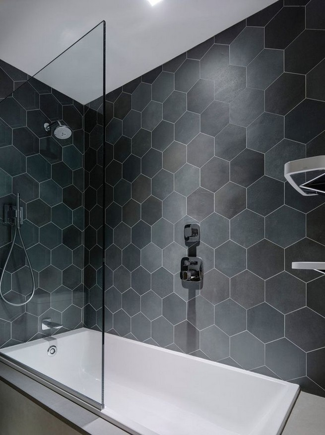 23 Stunning Black Shower Tiles Design Ideas For Bathroom 18