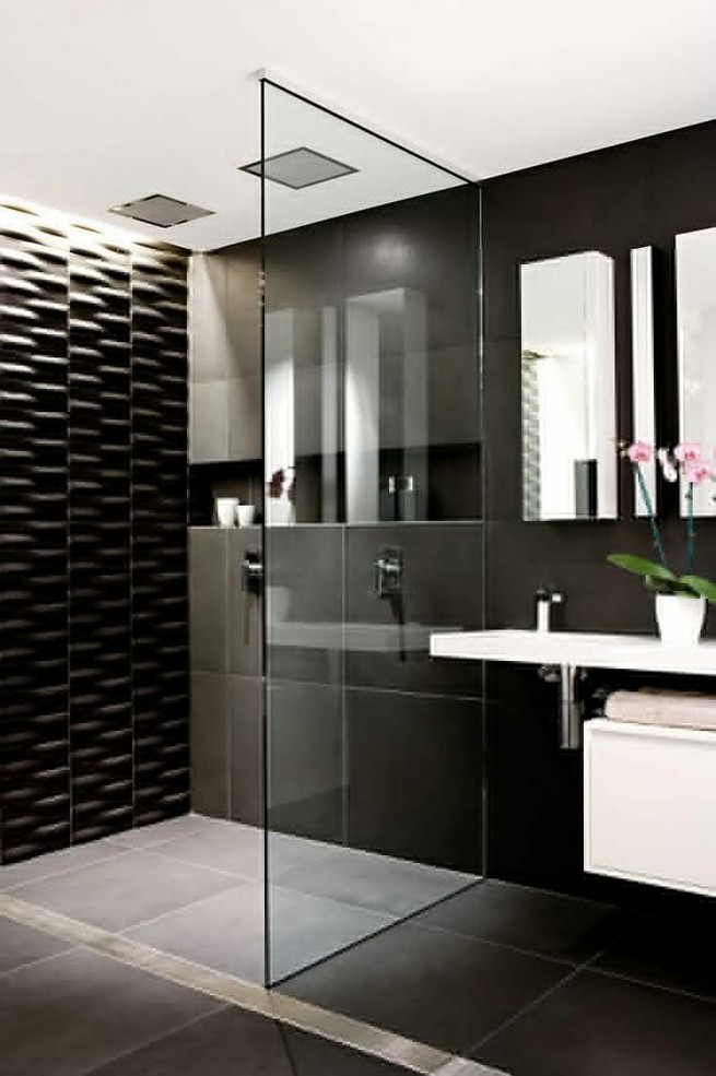 23 Stunning Black Shower Tiles Design Ideas For Bathroom 32