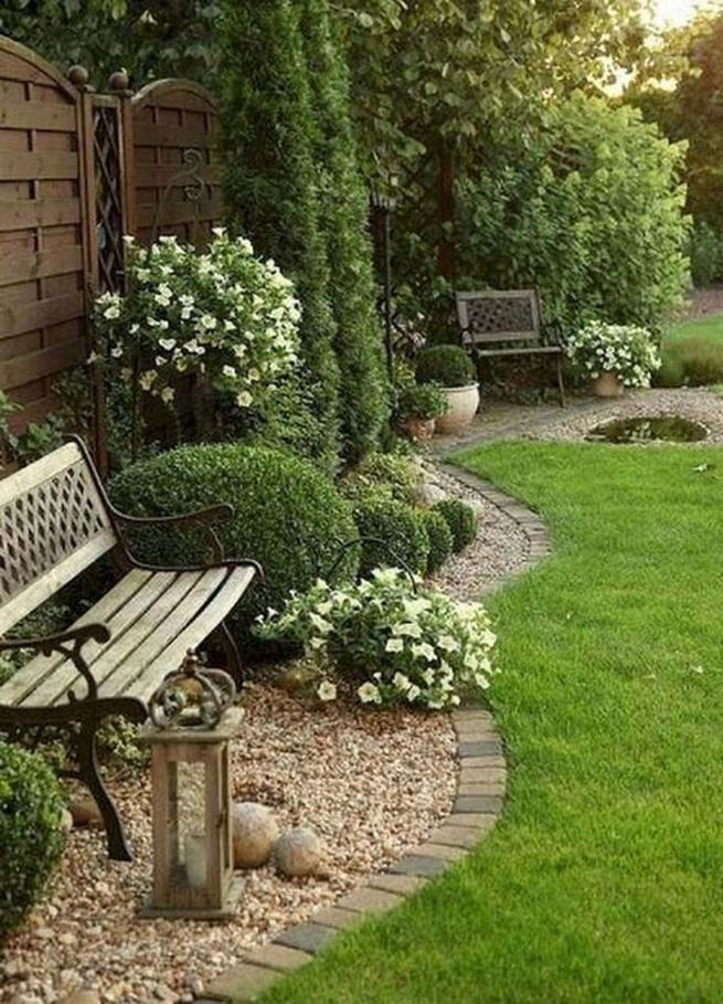 14 Relaxing Front House Landscaping Ideas 33