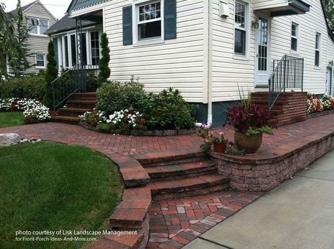 15 Elegant Front Sidewalk Landscaping Ideas 09