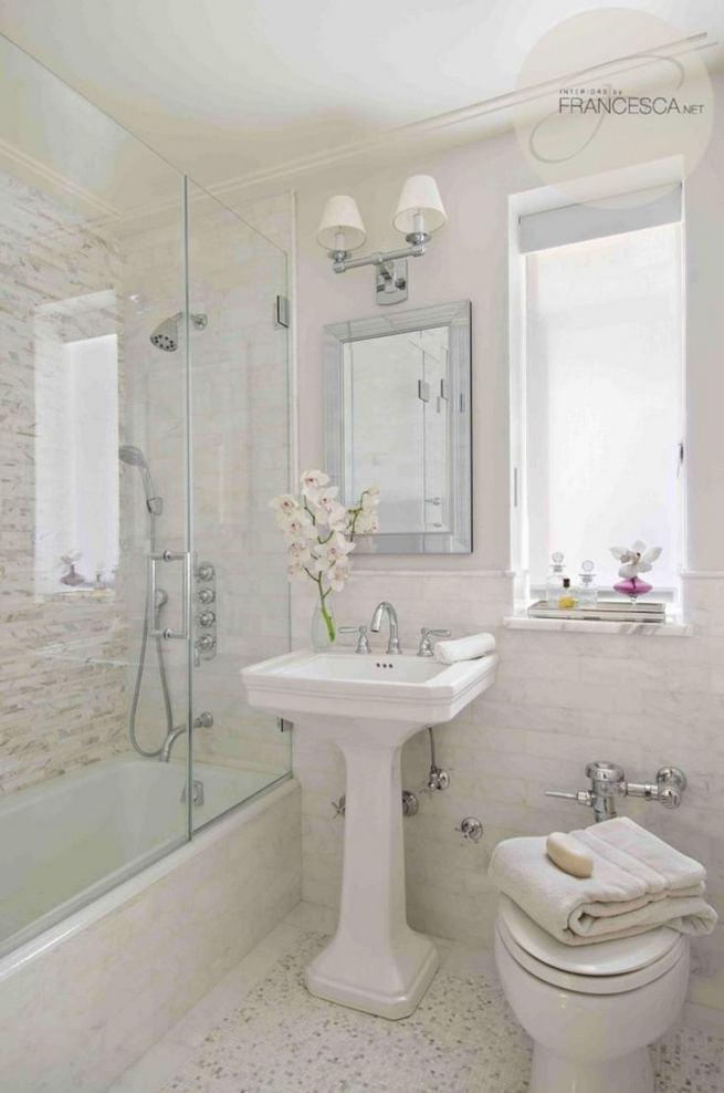 16 Fabulous Traditional Small Bathroom Decor Ideas 08