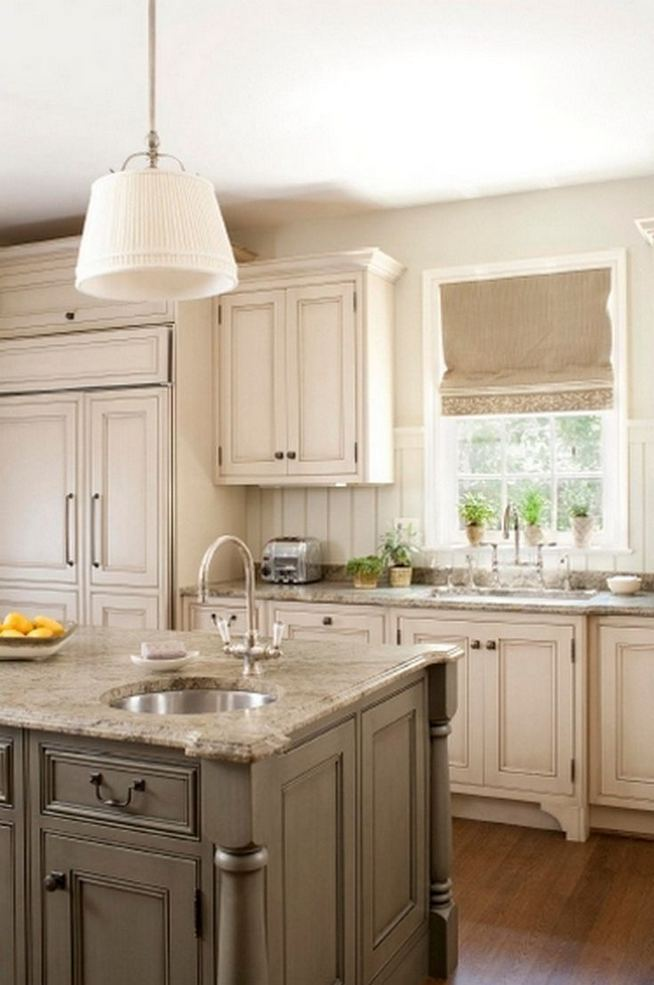 18 Easy Kitchen Cabinet Painting Ideas 28