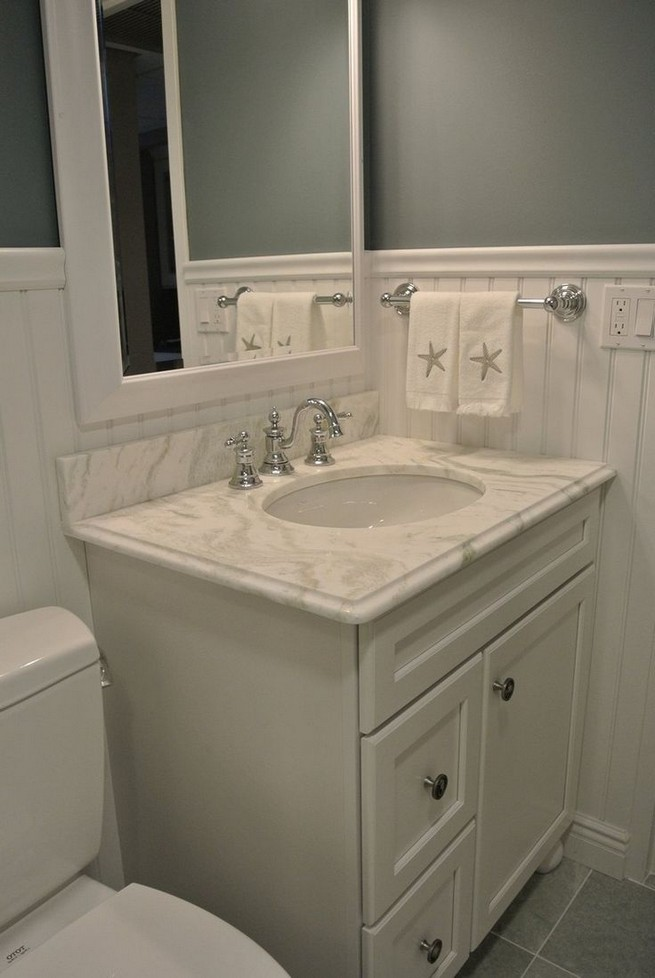 20 Gorgeous Small Bathroom Vanities Design Ideas 42