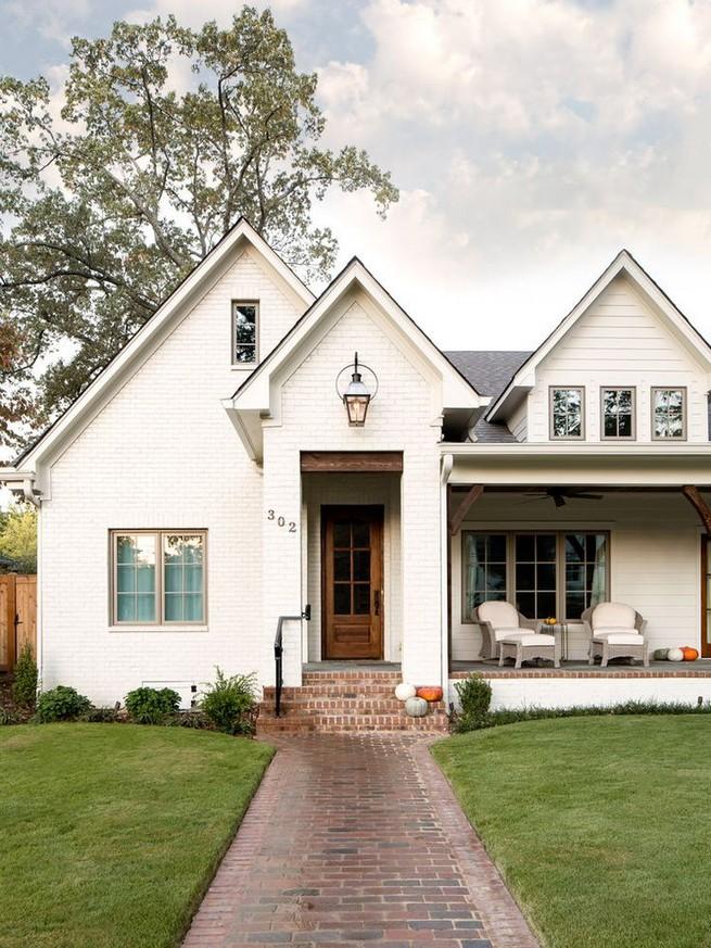21 Gorgeous Cottage House Exterior Design Ideas 41