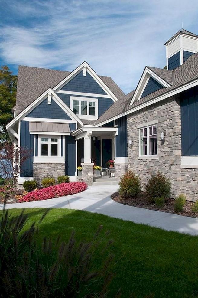 21 Gorgeous Cottage House Exterior Design Ideas 42