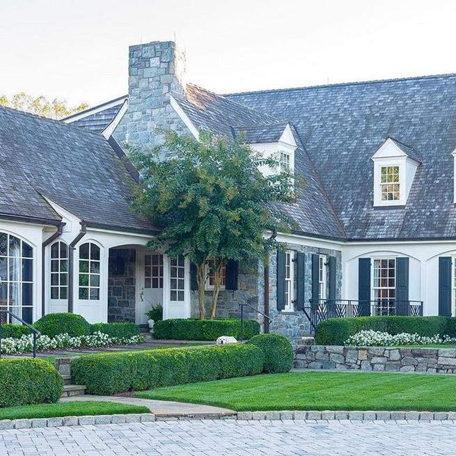 21 Gorgeous Cottage House Exterior Design Ideas 48