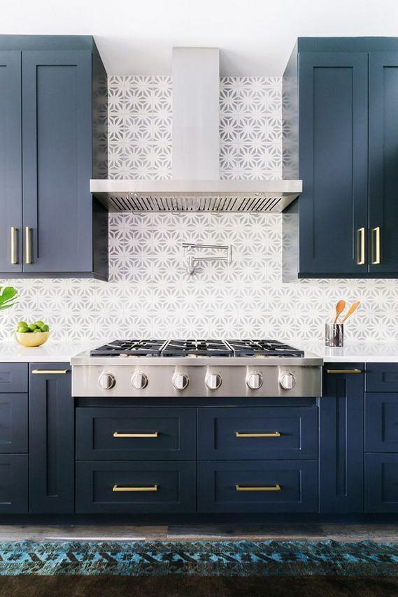 21 Gorgeous Dark Blue Kitchen Cabinets 10