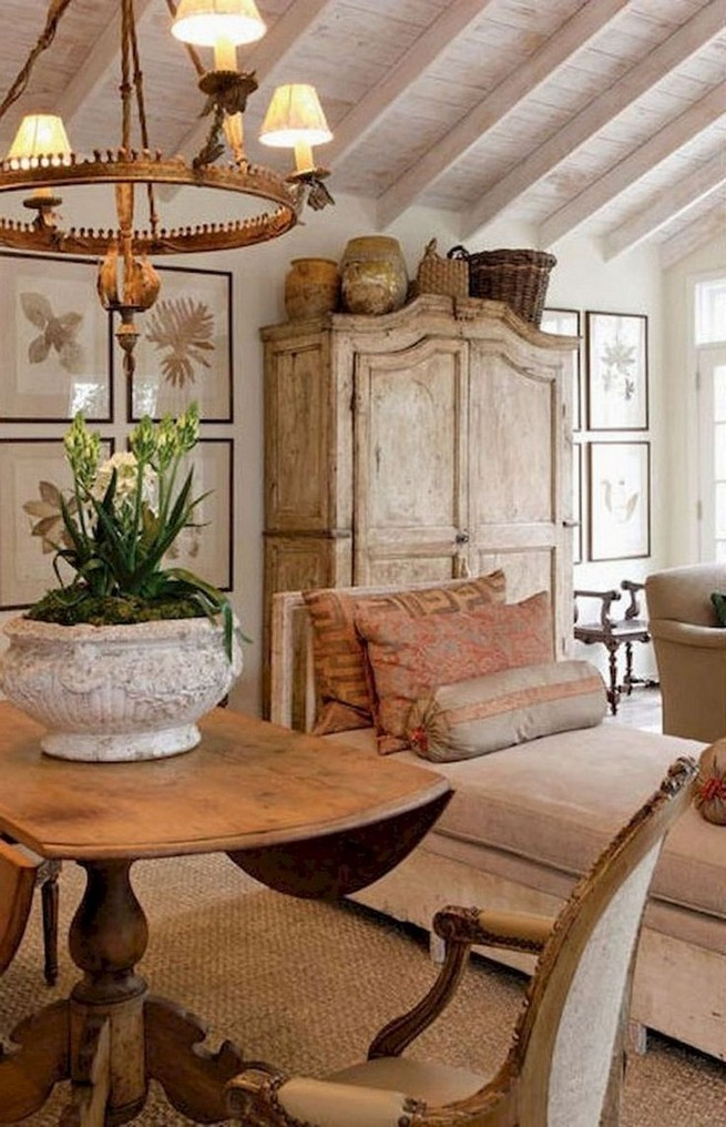 23 Wonderful French Country Living Room Decoration Ideas 21
