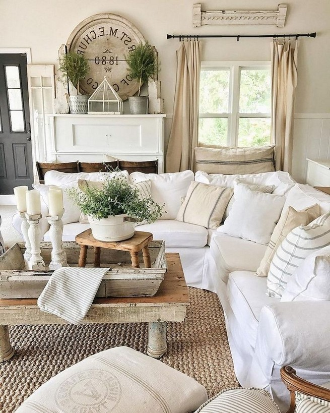23 Wonderful French Country Living Room Decoration Ideas 44