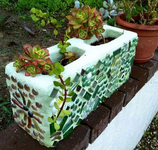13 Creative Ways To Decorate Your Garden Home Using Cinder Blocks 17